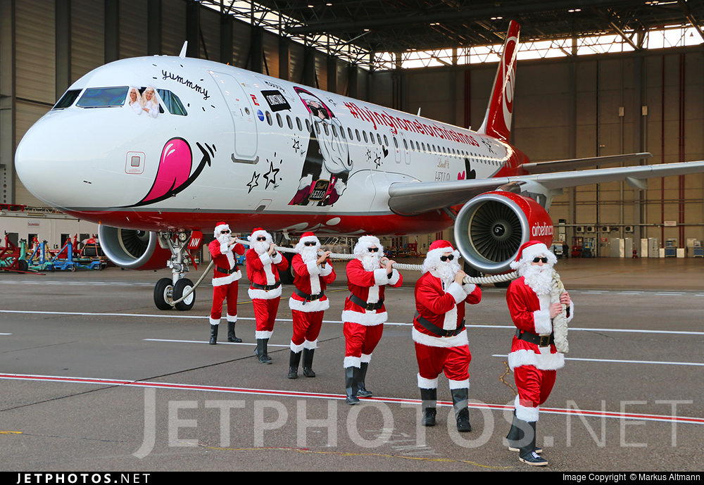 Air Berlin rolls out its 2015 Flying Home for Christmas Livery.