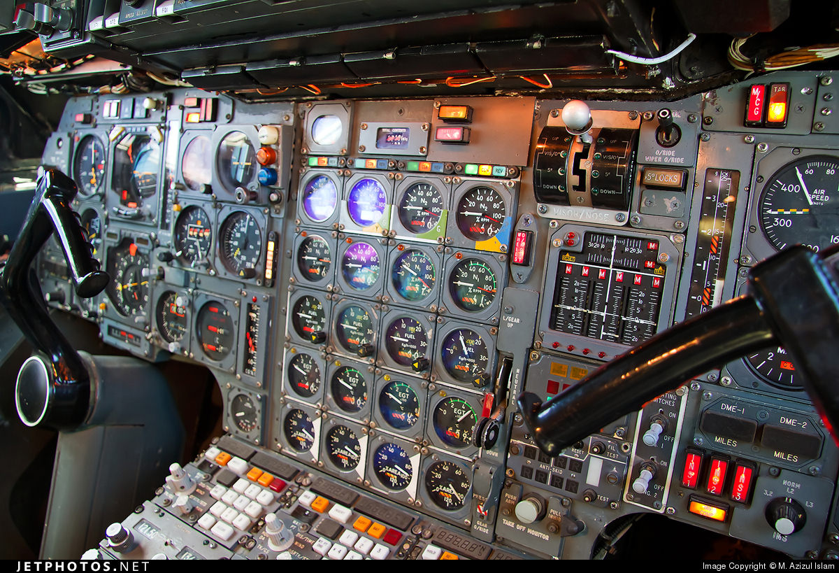 Closeup of Concorde Instrument Panel – Flightradar24 Blog