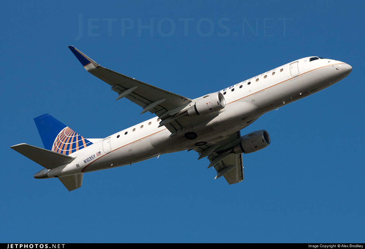 United Express Embraer E170-200LR (E175) N103SY, operated by SkyWest Airlines