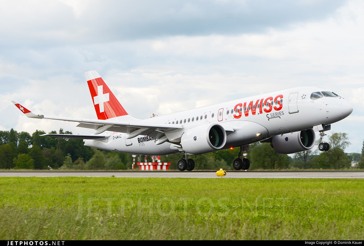 The CS100 landing in Zurich.