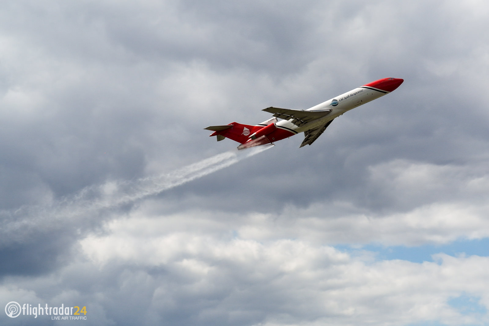 The 727 Oil Spill Response Aircraft demonstration