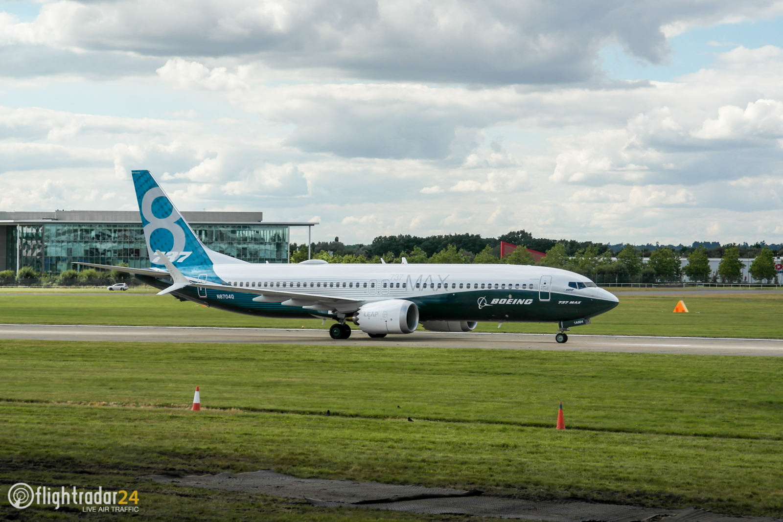 The Boeing 737 MAX taxiing
