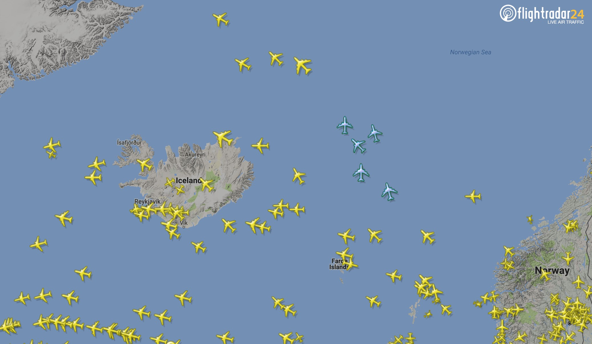 Look for the blue icons to see flights tracked by our Wave Glider—FloatRadar24