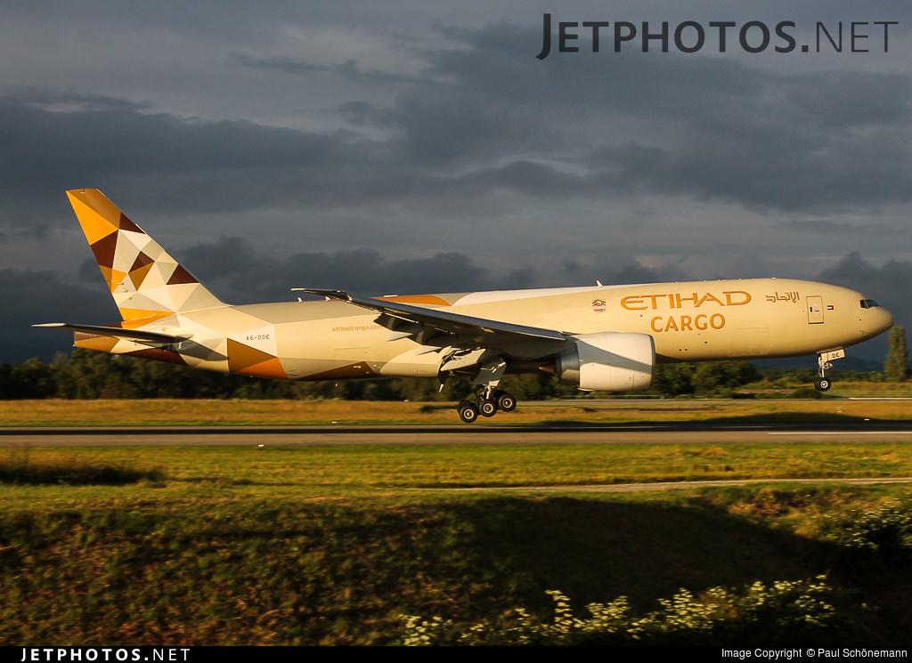 EY 777F