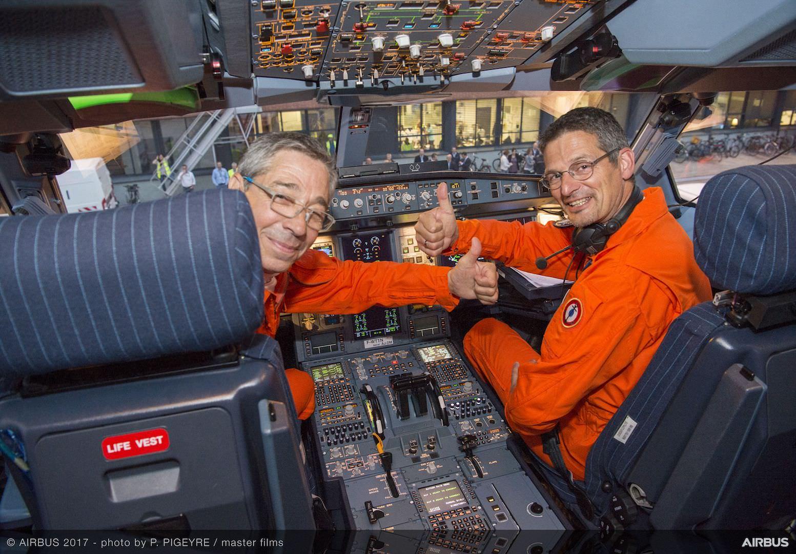 A330neo-first-flight-crew-preparation-017