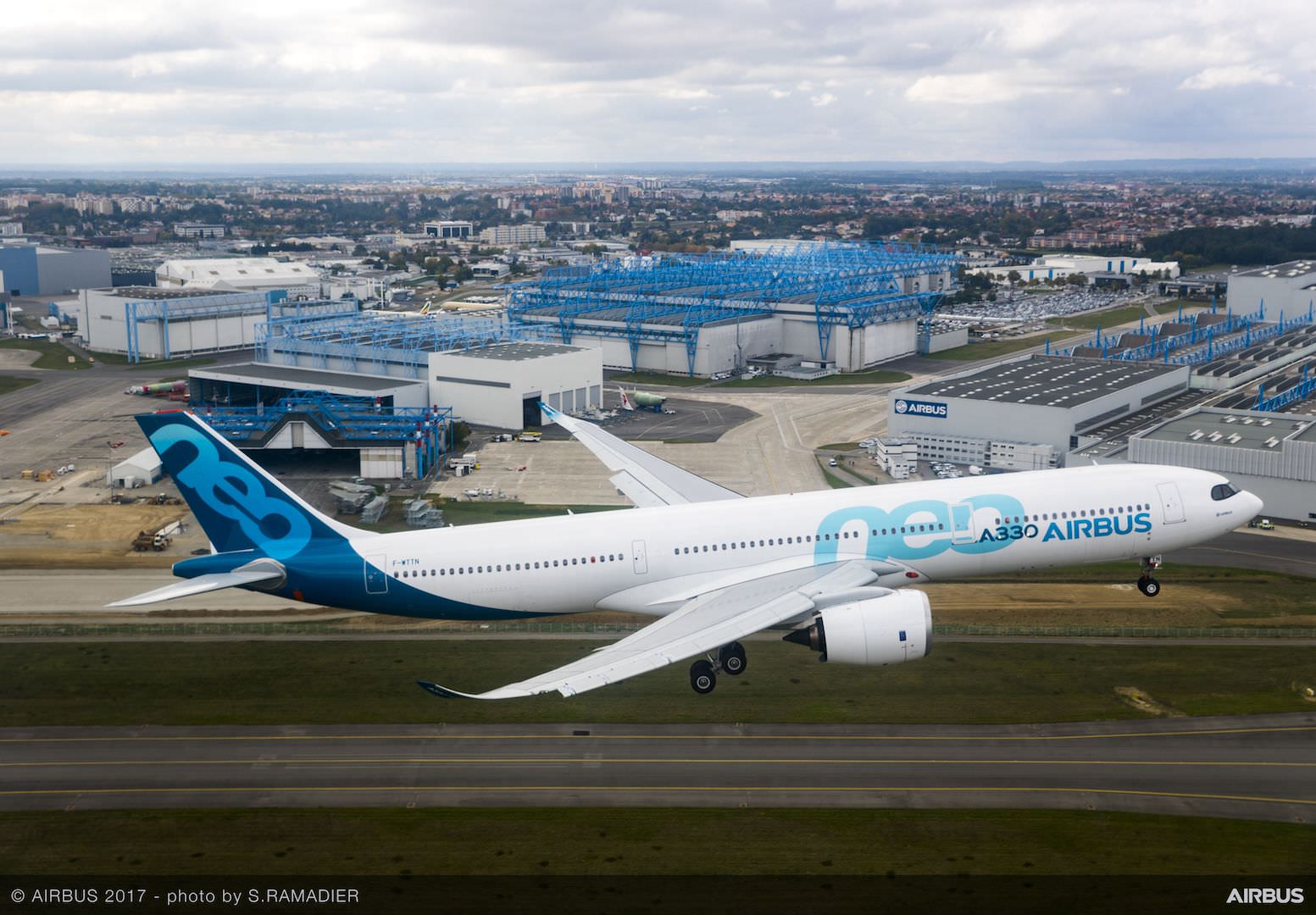 Airbus a330 photo gallery The best Airbus A330-300 Photos t