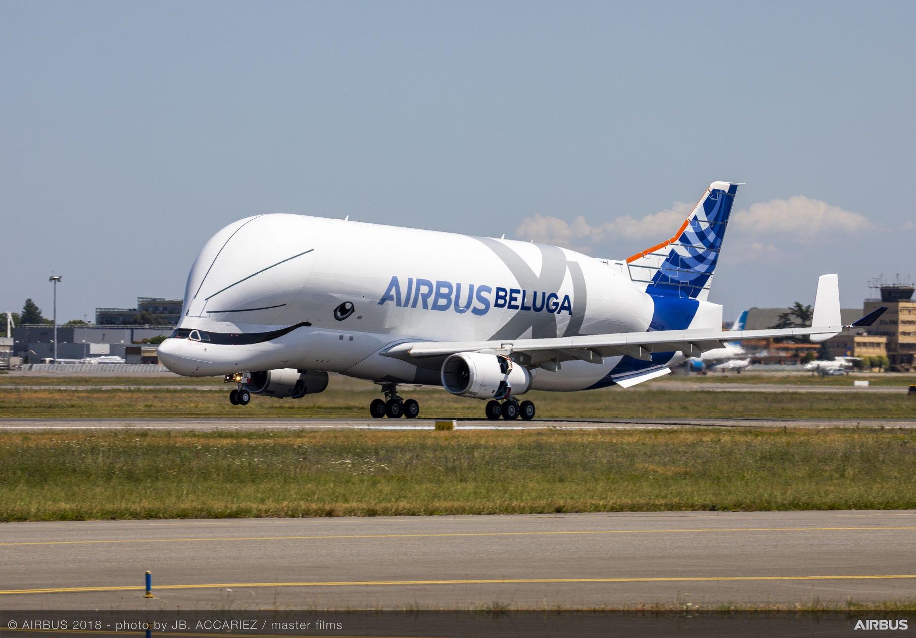 BelugaXL-First-Flight-Landing-010