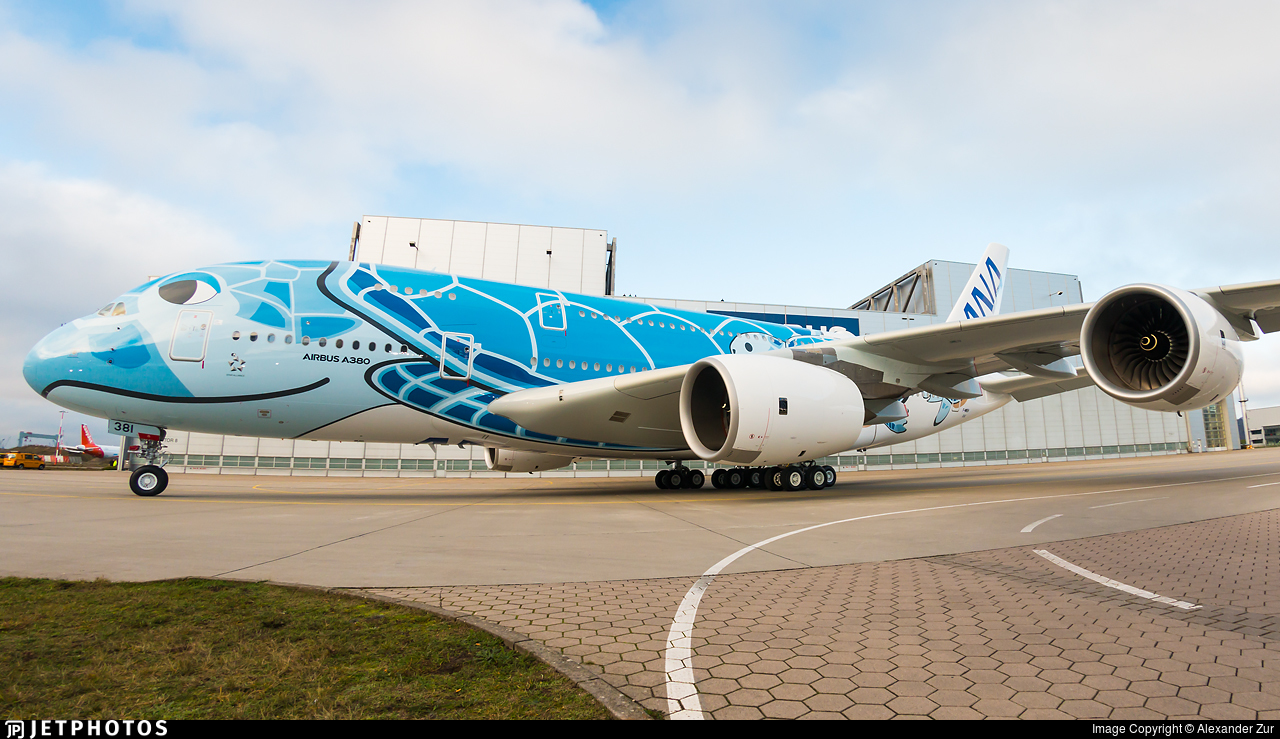 Airbus unveils ANA's first fully painted A380 ...