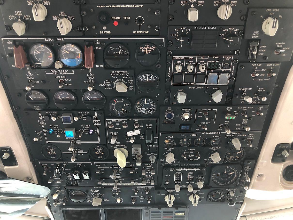 Overhead-Panel