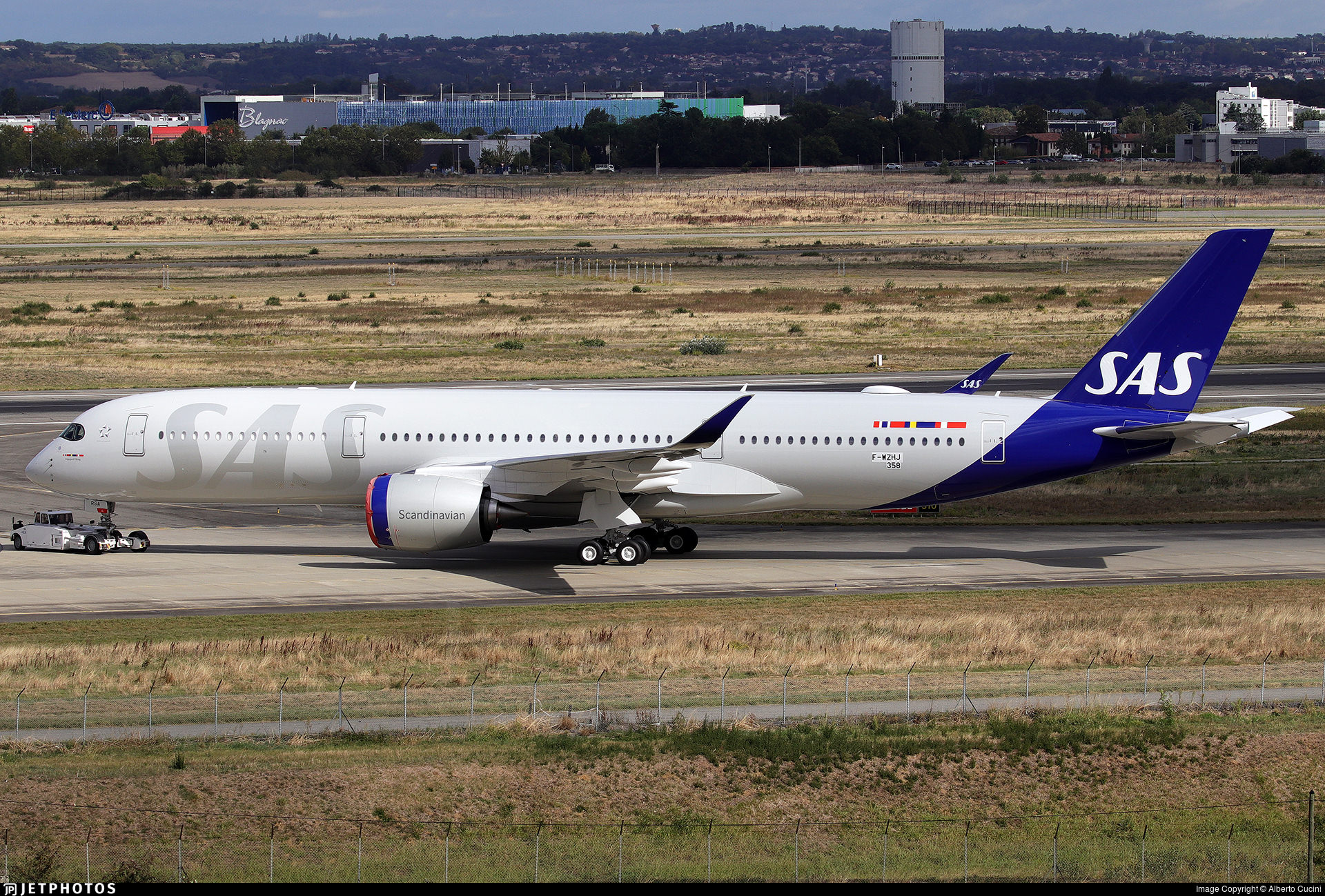 The first A350 for SAS