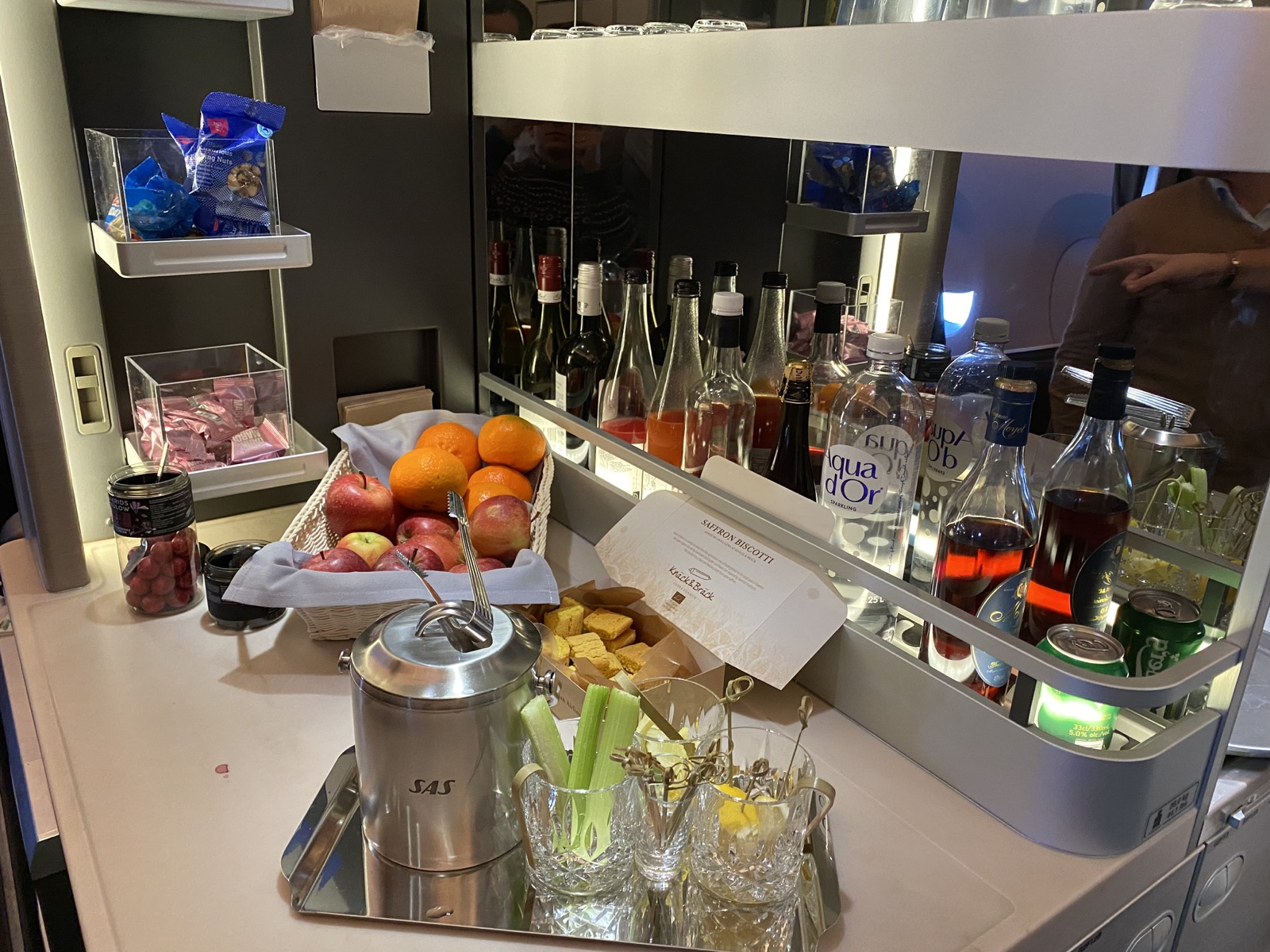 Business Class Snack bar