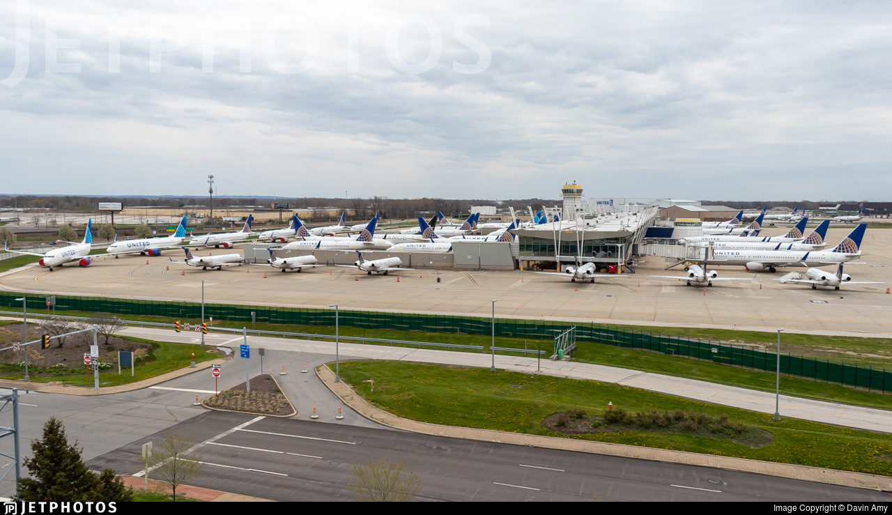 United Aircraft stored in Cleveland