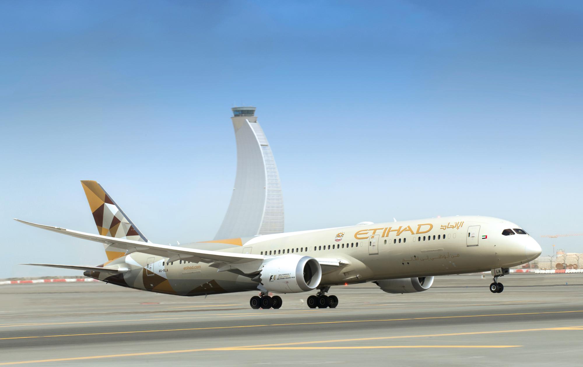 Etihad 787 in Abu Dhabi