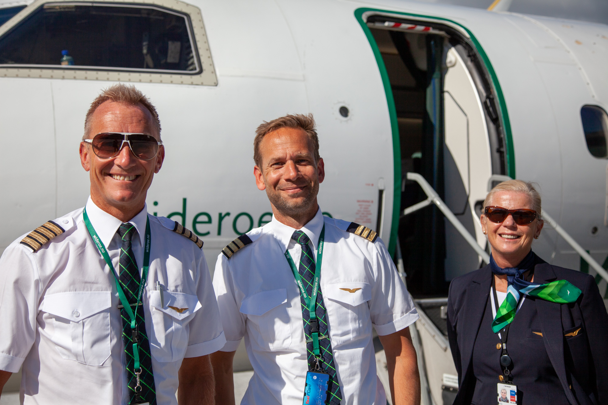 Crew from Widerøe flight Sandane