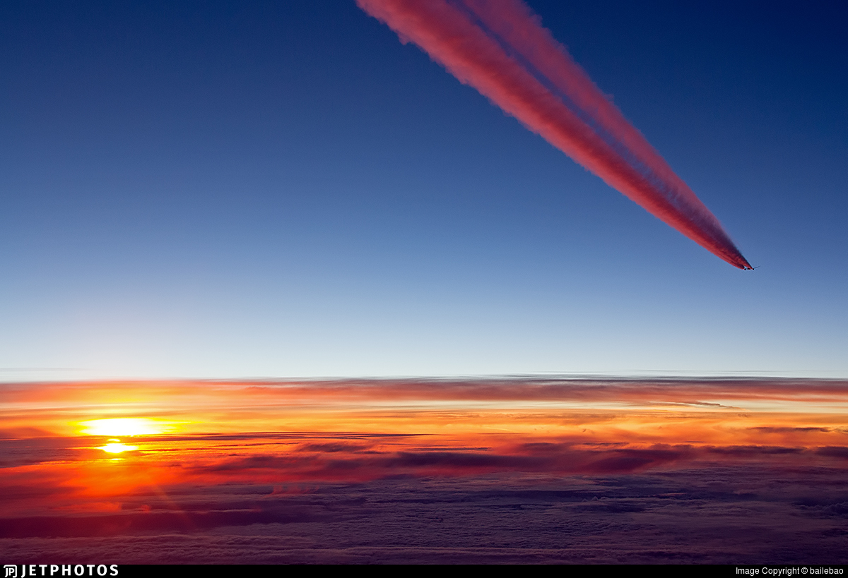 sunset contrails how planes avoid running into things TCAS traffic collision
