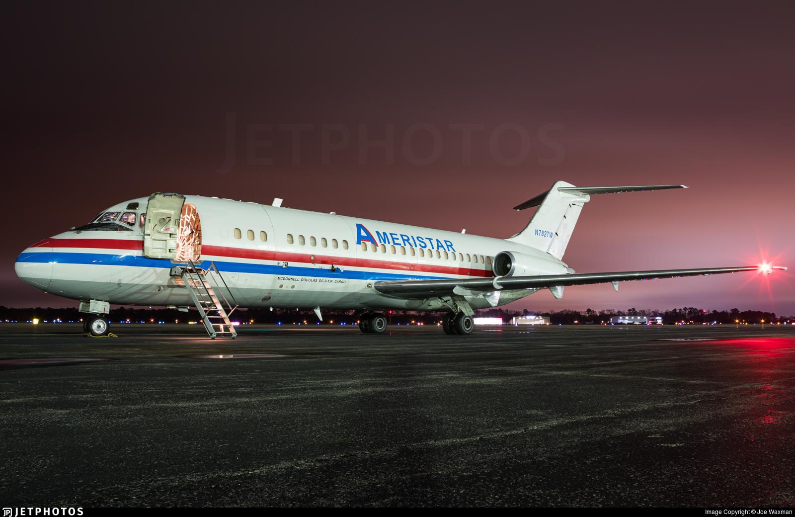 old Ameristar DC-9