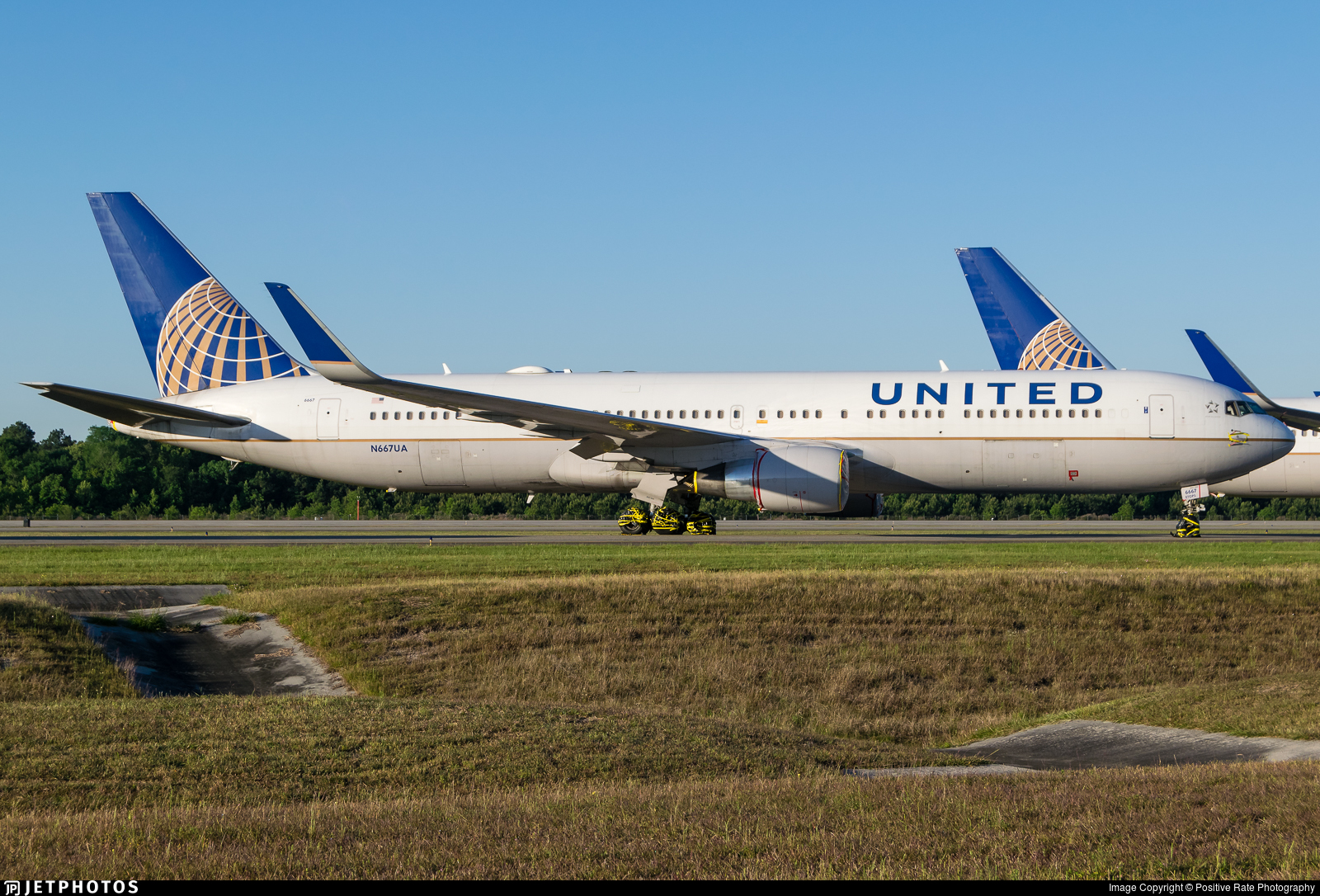 United 767-300ER parked Wilmington Ohio ILN
