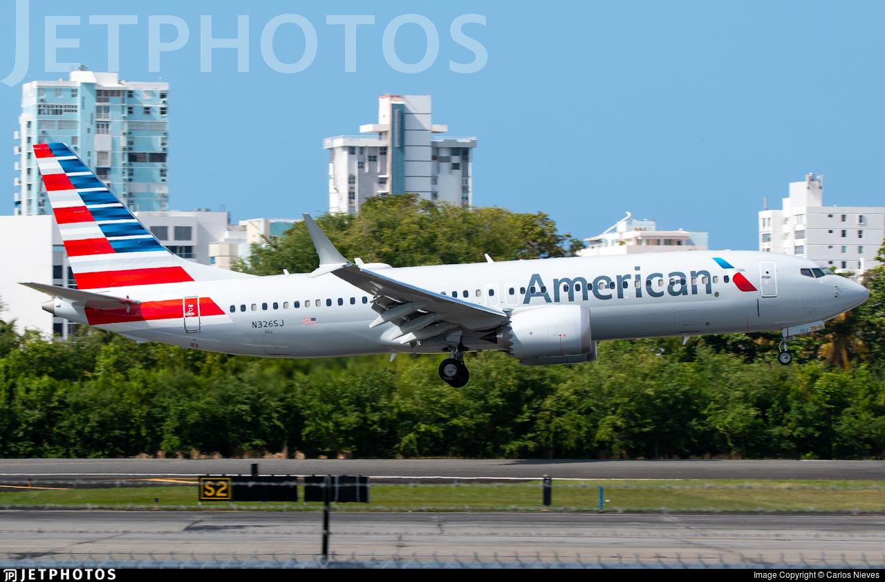 American Airlines 737 MAX San Juan