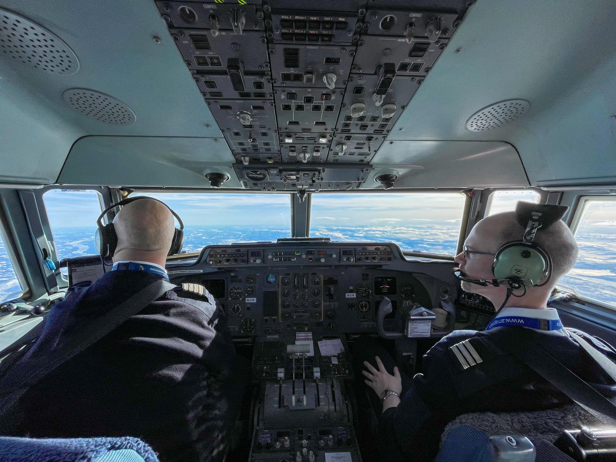Pilots flight deck Amapola Flyg Fokker 50 north Sweden