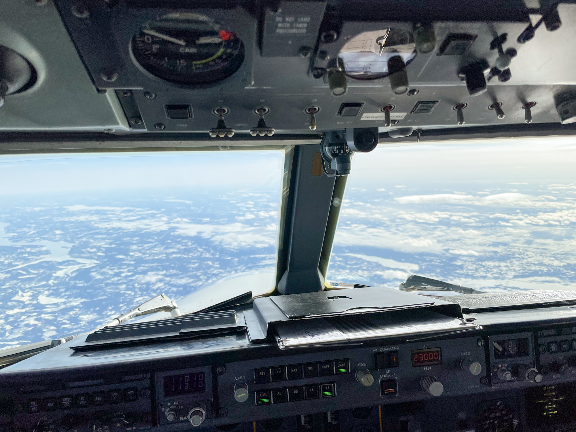 North Sweden AMapola Flyg Fokker 50 flight deck view
