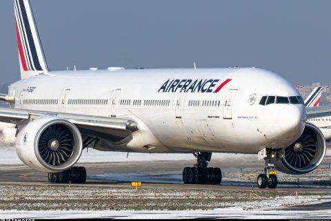 flying Air France long-haul business class 777-300ER Boeing