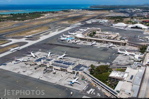 Hawaii flights Honolulu airport tracking boom mainland