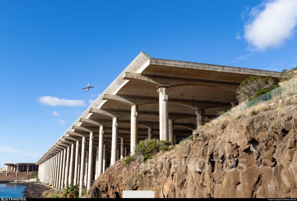 Funchal Madeira runway platform columns crosswind