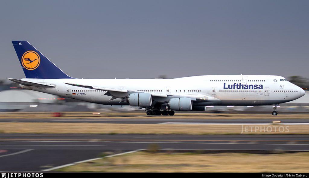Lufthansa 747-8I